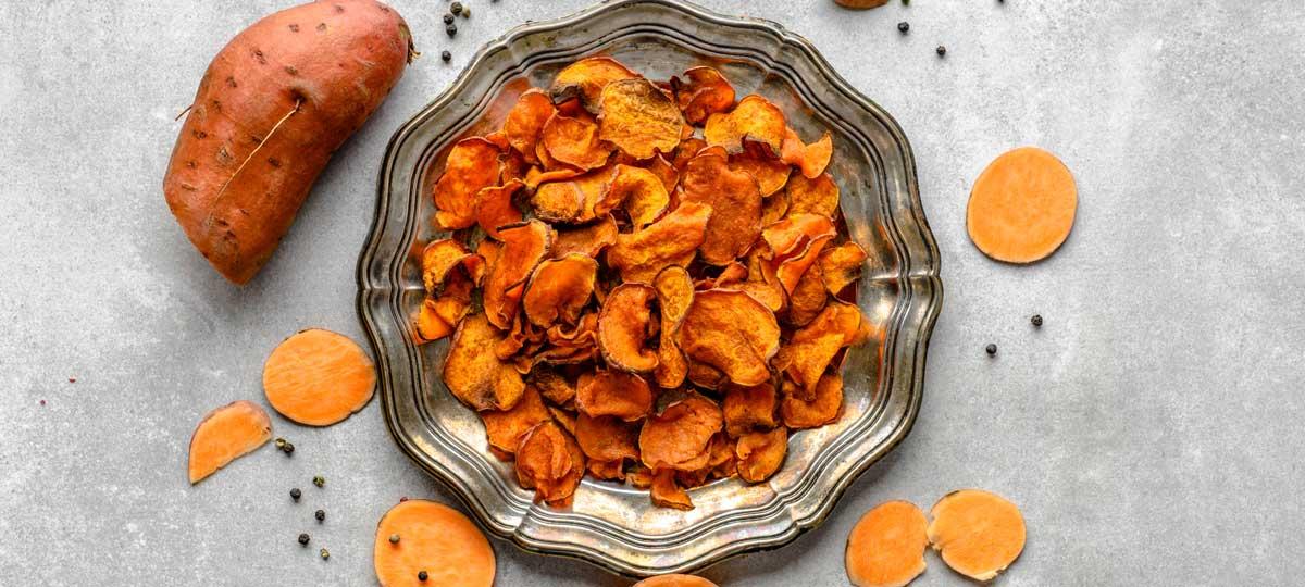 Patata vs boniato: propiedades nutricionales y trucos para aprovecharlos en la cocina