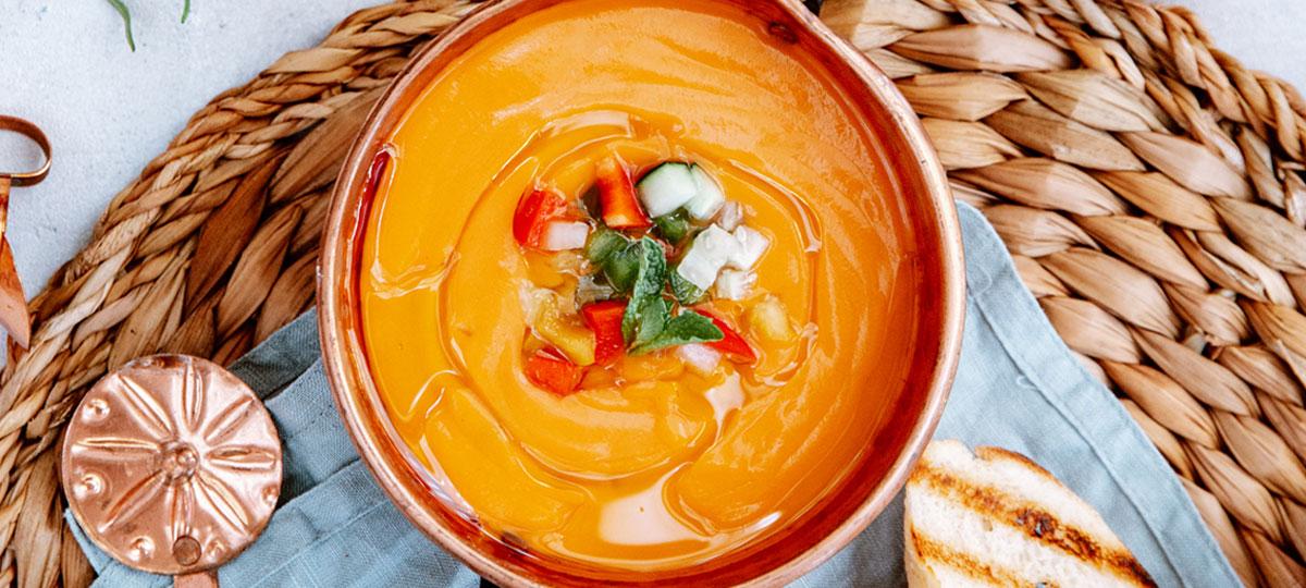 Gazpacho y salmorejo: excusas para refrescarse comiendo sano