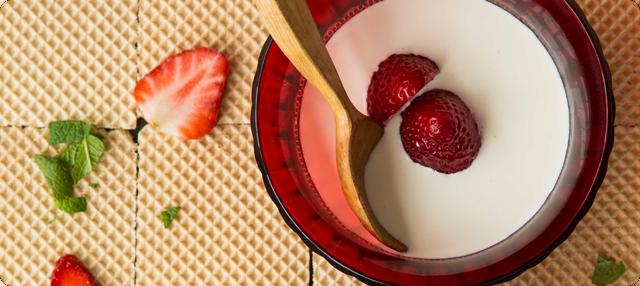 Granizado de fresas y sopa fría de chocolate blanco