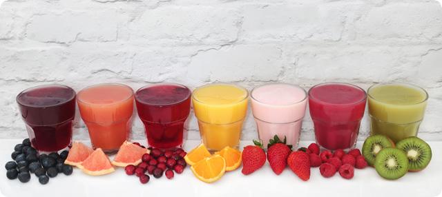 Zumos de fruta y piezas de frutas